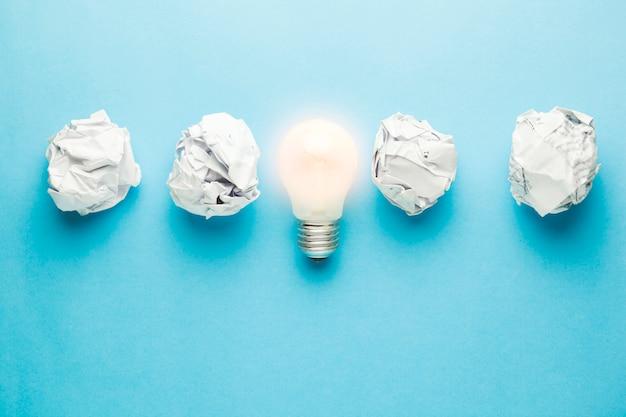 Idea with crumpled paper Premium Photo