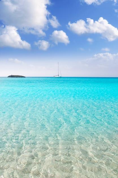 Illetes illetas formentera beach boats anchor Premium Photo