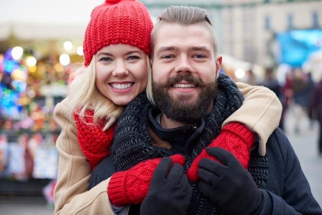 クリスマスの時期に恋を 無料写真