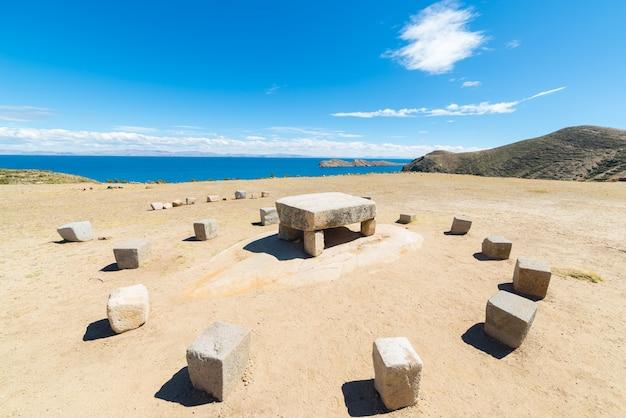 Inca's sacrifice table on island of the sun, bolivia Premium Photo