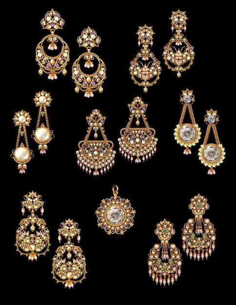 Indian antique pearl jewelry Premium Photo