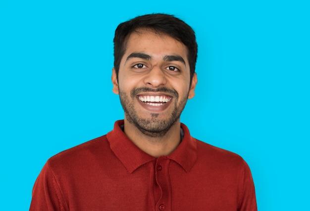 Indian ethnicity明るい自信のあるスタジオのコンセプト Premium写真
