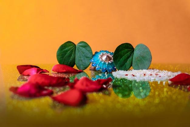 Indian festival dussehra, leaf and rice Premium Photo