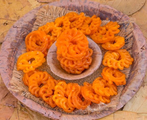 Indian traditional sweet imarti Premium Photo