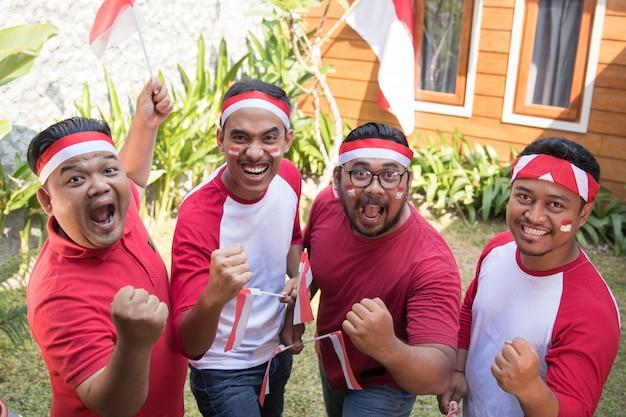 Индонезийец празднует день независимости Premium Фотографии