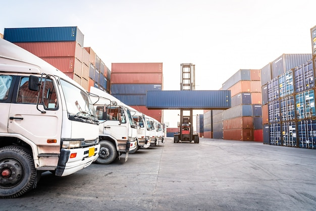 Industrial port with logistic containers Premium Photo