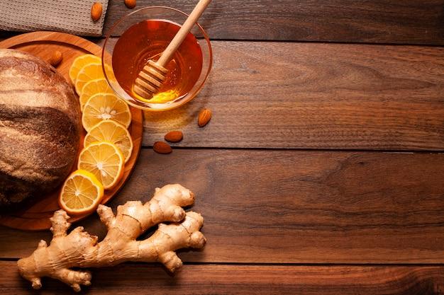 オレンジスライスと生ingerの自家製蜂蜜 無料写真