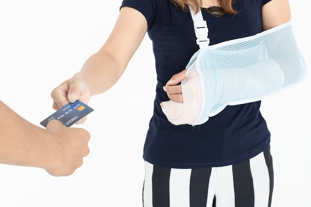 Injured woman with insurance service. Premium Photo