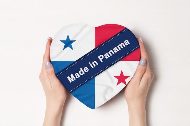 パナマの国旗パナマで作られた碑文。 Premium写真