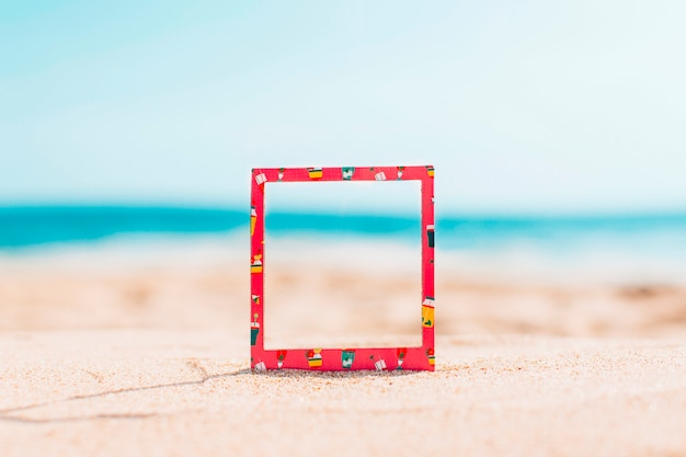 Instant frame with summer pattern and space for text Free Photo