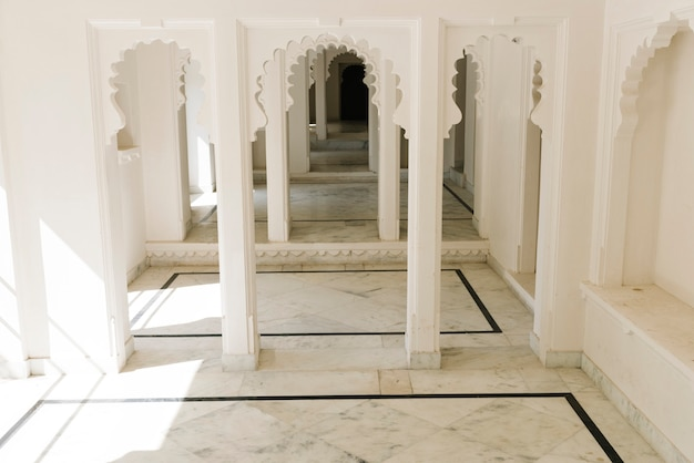 Interior design of city palace in udaipur rajasthan, india Free Photo