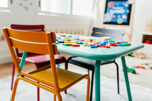 幼稚園教室のインテリアデザイン Premium写真