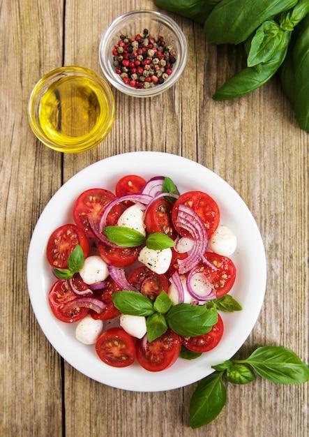 Italian caprese salad Premium Photo