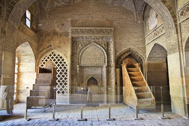 Jameh mosque in isfahan, iran Premium Photo