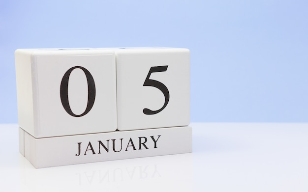 January 05st. day 05 of month Premium Photo