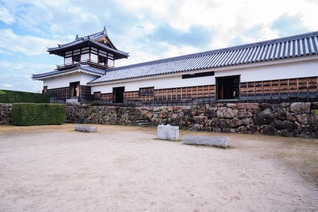 Японский замок в хиросиме Premium Фотографии