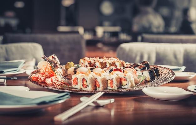 日本のシーフード寿司 Premium写真