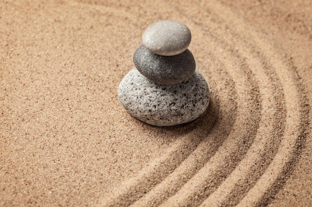 Japanese zen stone garden Premium Photo
