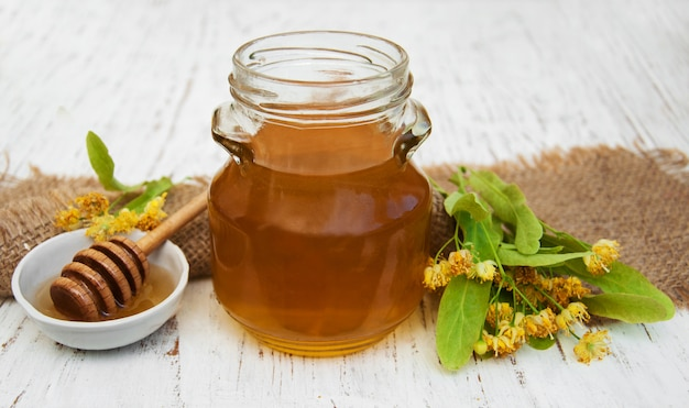 Jar with honey Premium Photo