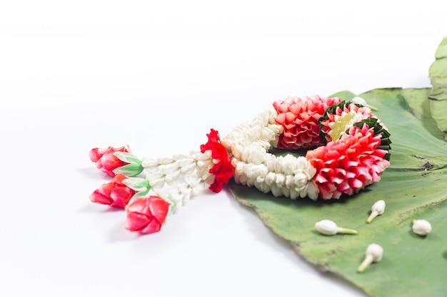 Jasmine and white rose garland. songkran festival in thailand. traditional of thai. Premium Photo