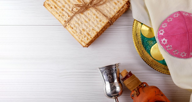 A jewish matzah bread with wine. passover holiday concept Premium Photo
