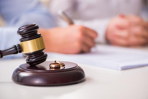 Judge gavel deciding on marriage divorce Premium Photo
