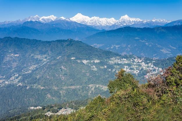 Kangchenjunga view, gangtok Premium Photo