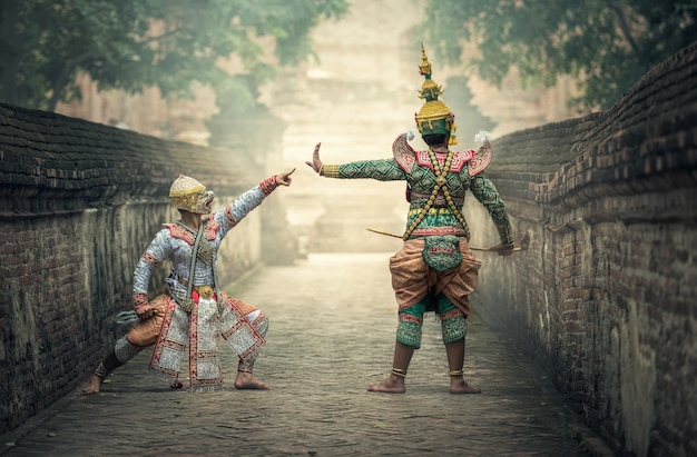 Khon is traditional dance drama Premium Photo