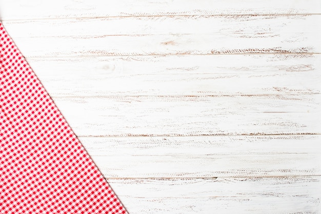Кухонная ткань на деревянный стол с копией пространства Premium Фотографии