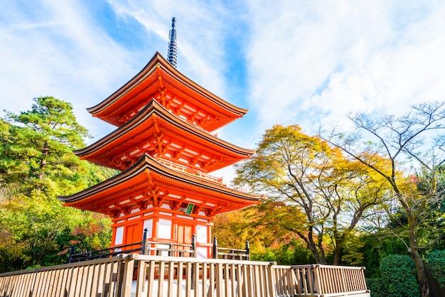Kiyomizu dera temple in kyoto at japan Free Photo