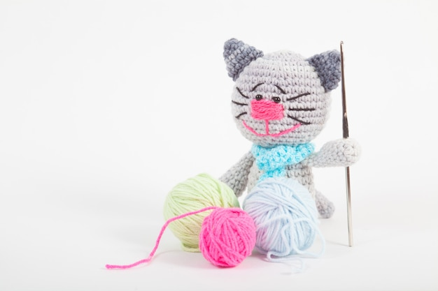 Amigurumi Sardines Cat Toy (Crochet) - Lion Brand Yarn | 417x626