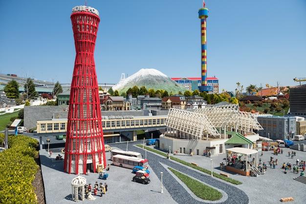 Kobe landmark model at legoland, nagoya Photo   Premium ...