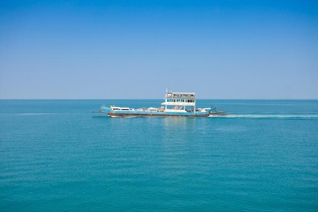 Koh chang thailand ferry boat Premium Photo