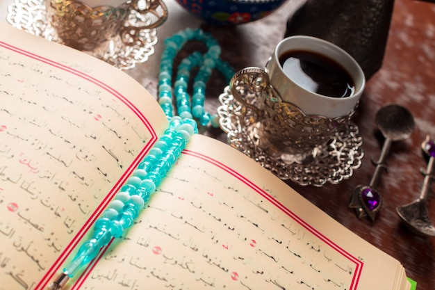 Koran, tea and turkish delight Premium Photo