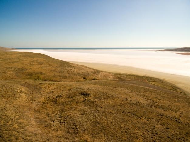 Кояшское розовое соленое озеро в крыму Бесплатные Фотографии
