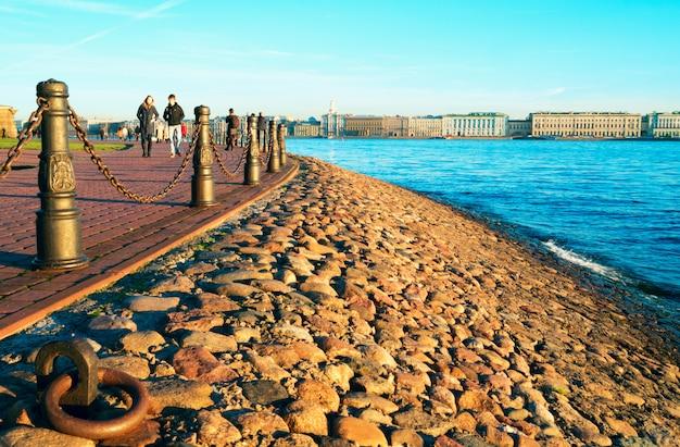 Kronverksky strait. hare island. st. petersburg in autumn . Premium Photo