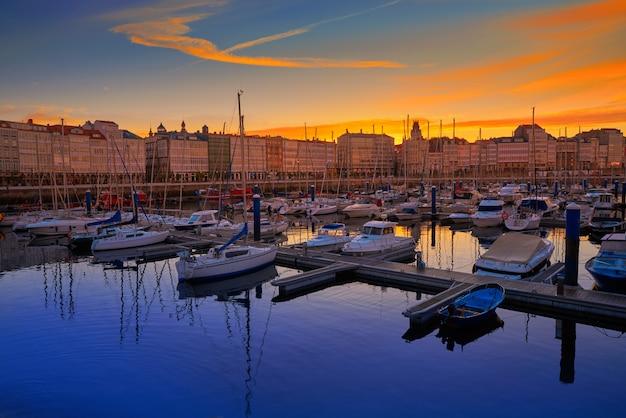 La coruna sunset port marina in galicia spain | Premium Photo