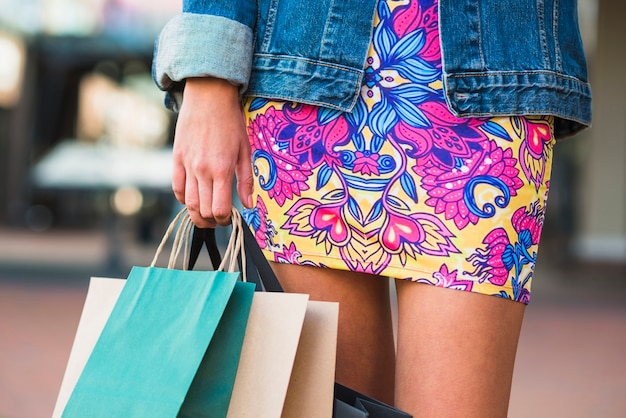 Ladies legs and shopping packets Free Photo
