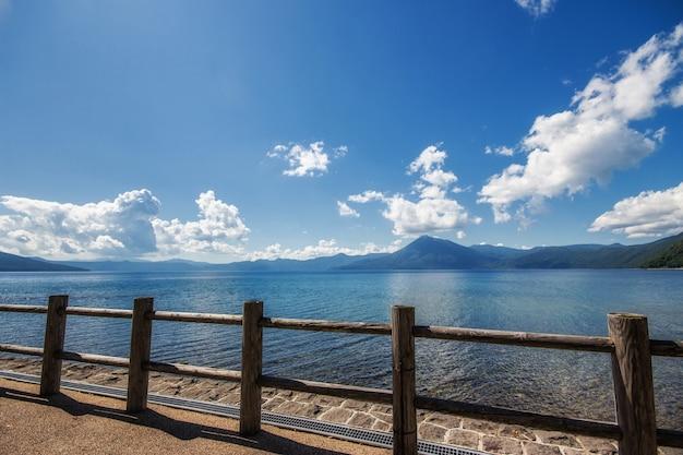 Lake shikotsu in hokkaido at japan Premium Photo