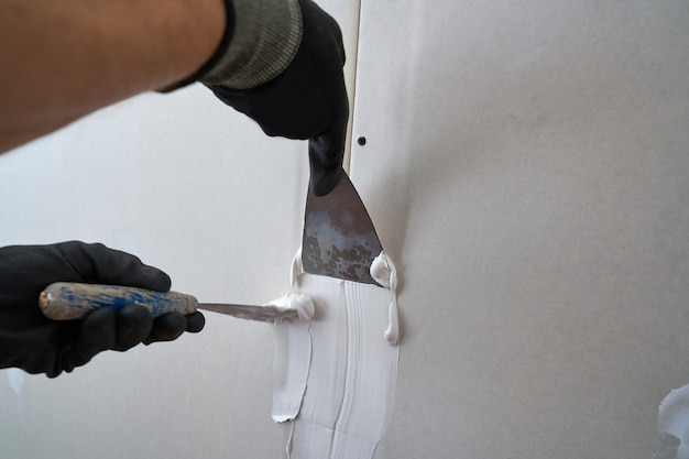Laminated plasterboard plastering join Premium Photo