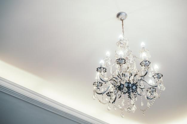램프 내부 천장 로얄 라이트 무료 사진