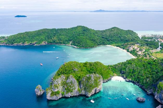 Landscape aerial top view phi phi island kra bi thailand hi season Premium Photo