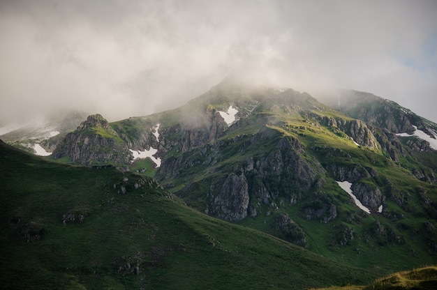 Landscape of the hills and the cloudy sky Premium Photo