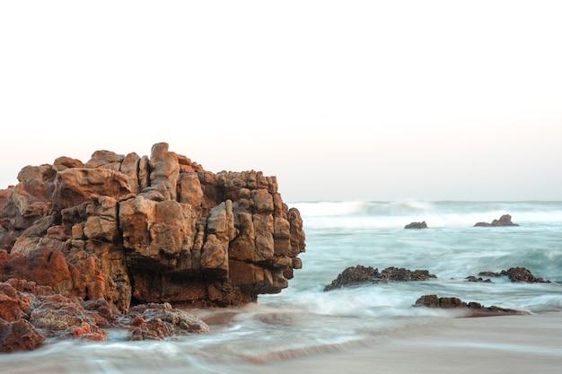 Пейзаж красивого пляжа Бесплатные Фотографии