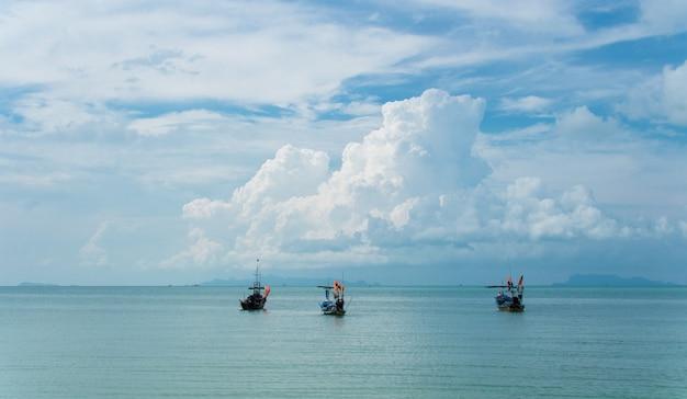 Пейзаж острова самуи, таиланд Premium Фотографии