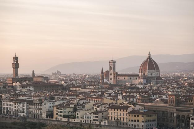 フィレンツェの街の風景 Premium写真
