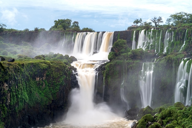 Landscape with the iguazu waterfalls in argentina, one of the largest waterfalls in the world. Premium Photo