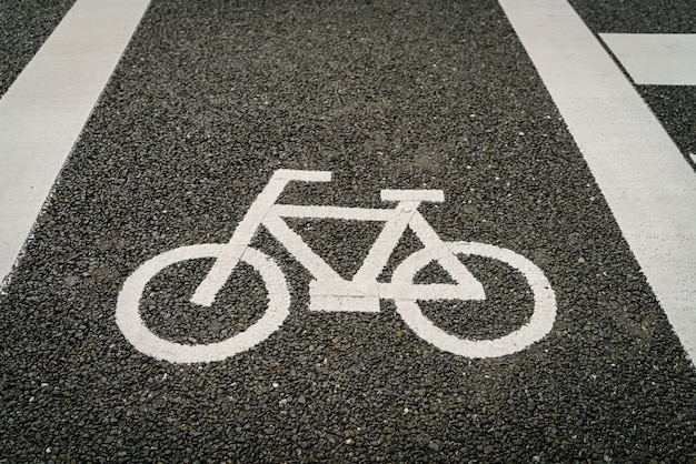 Lane for bicycle on the road Free Photo