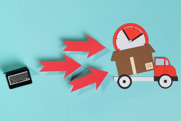 Ноутбук и грузовик с коробкой Бесплатные Фотографии