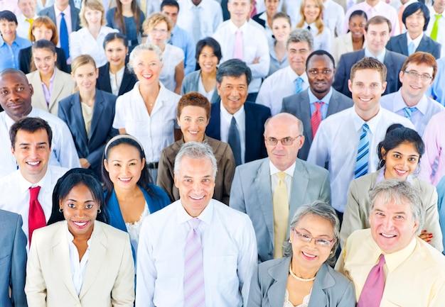 ビジネス専門家の大規模なグループ Premium写真